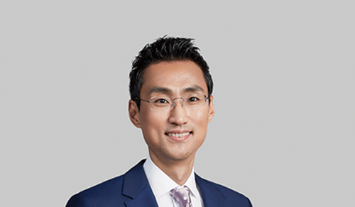 Yongsuk Cho (South Korea)-Chairman & CEO of Ping An Puhui