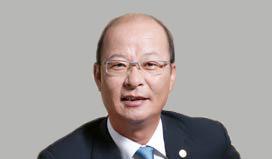 李春-副總經理