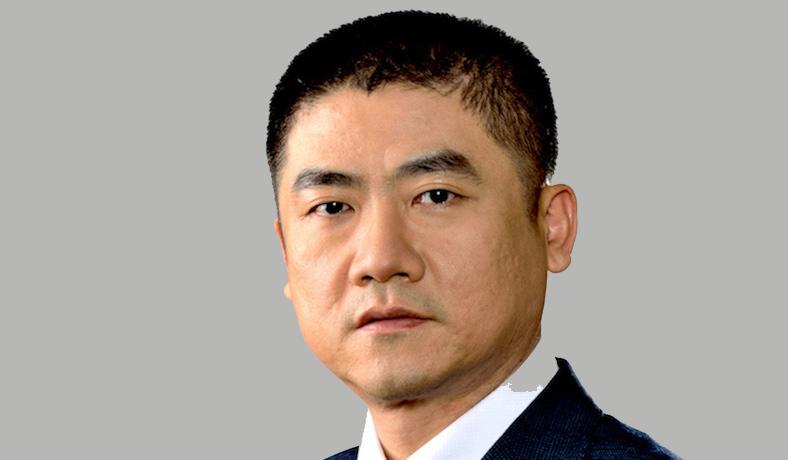 龍泉-副總經理