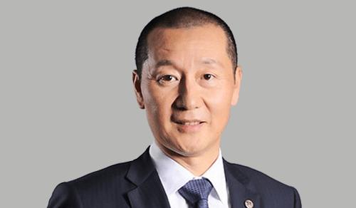 楊錚-董事長兼首席執行官